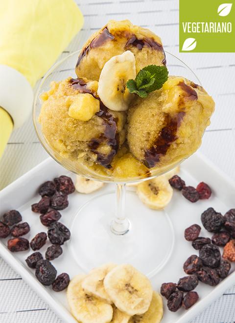 Receita caseira de banana e sorvete de mirtilo